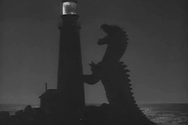 The Beast From 20,000 Fathoms VS Leatherback From Pacific Rim.